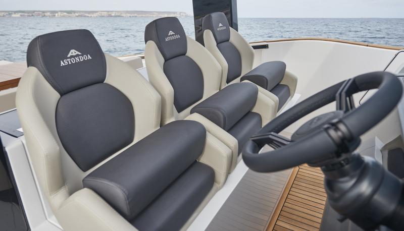 Astondoa 377 Coupe (Neuf)