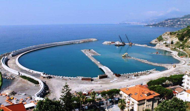 Cala Del Forte Marina, Ventimiglia, Italy