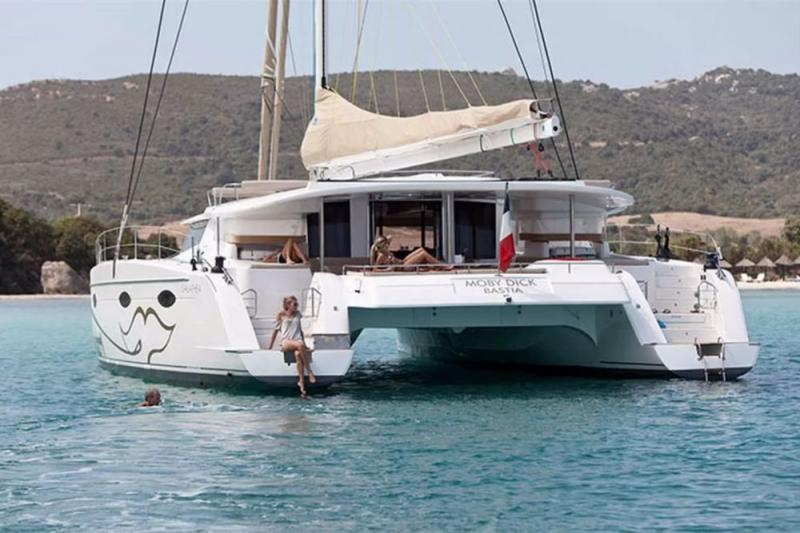 Fountaine Pajot Galathea 65 (2009)