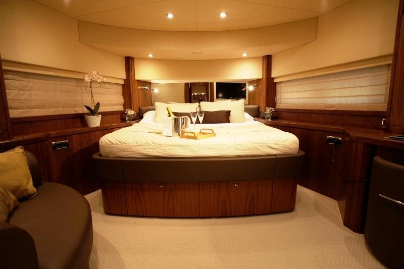 Sunseeker 90 Yacht (2008)