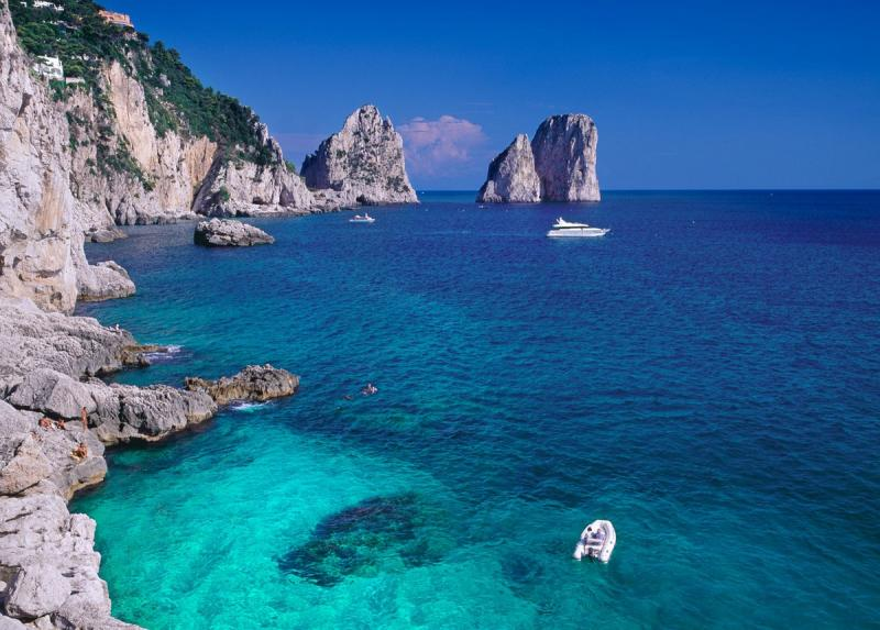 Yacht Charter: Cruises to the Best Diving Spots in the Western Mediterranean