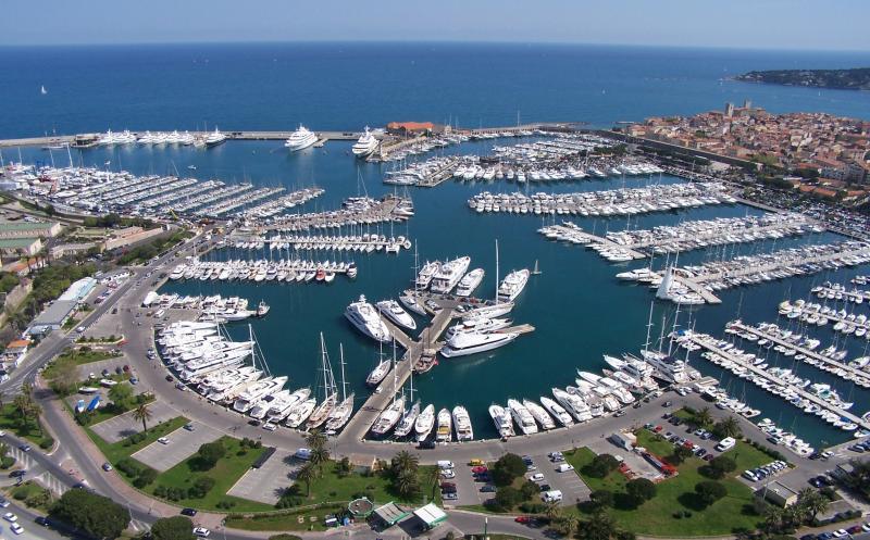 Places de Port et Postes d'Amarrage: Fin des Concessions des Ports Privés de la Côte d'Azur