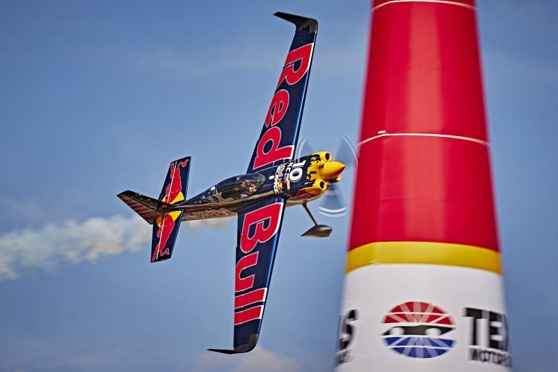 Charters Évènementiels de Bateaux: Red Bull Air Race à Cannes en Avril 2018