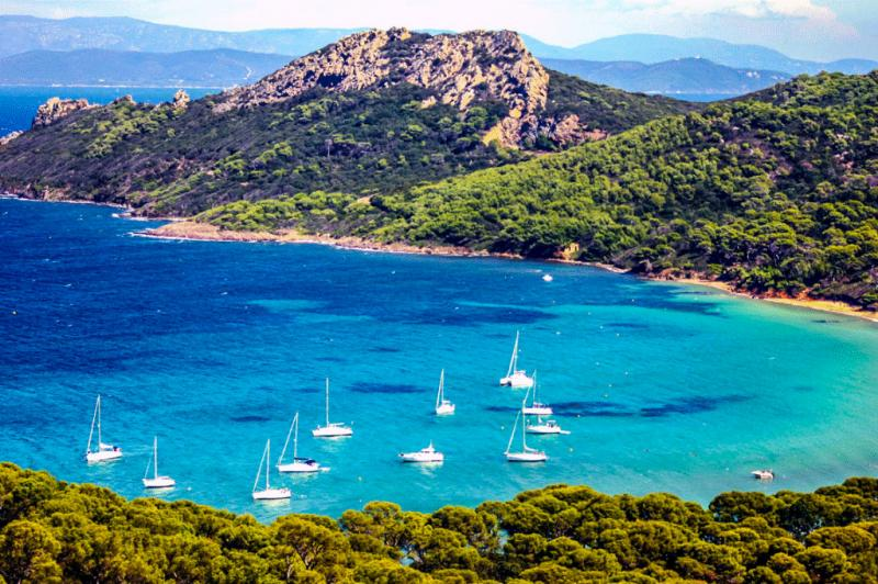 Renting a Boat on French and Italian Riviera