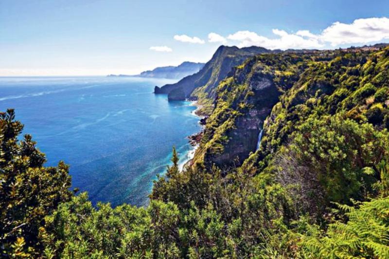 Аренда яхт в Португалии - направления для арендованных яхт на Южно-европейском побережье Атлантики