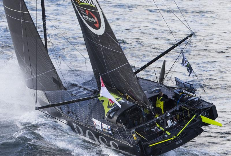 Armel LE CLEAC'H on Banque Populaire wins Vendée Globe by setting the record of the race