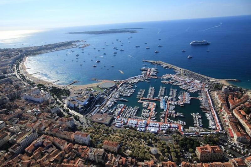 Luxury Yachting in Cannes