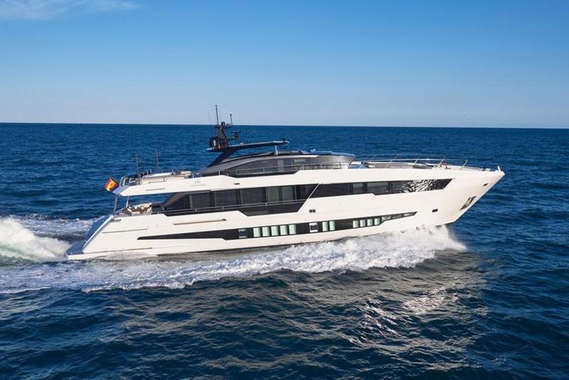 Презентация суперяхты Astondoa 100 Century – первый показ на Каннском яхтенном фестивале 2017