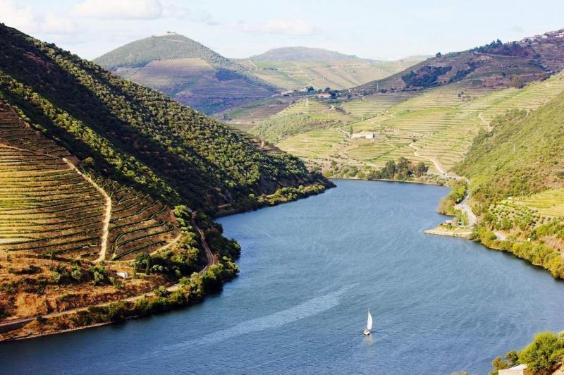 Location de Bateau au Portugal - Destinations de Yacht Charter dans l'Atlantique Sud-Européen