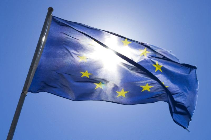 Is a Non-European buyer required to pay the EU VAT when purchasing a yacht