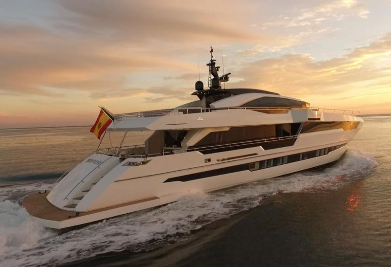Astondoa 110 GLX Century newly launched - Sea trial video and pictures