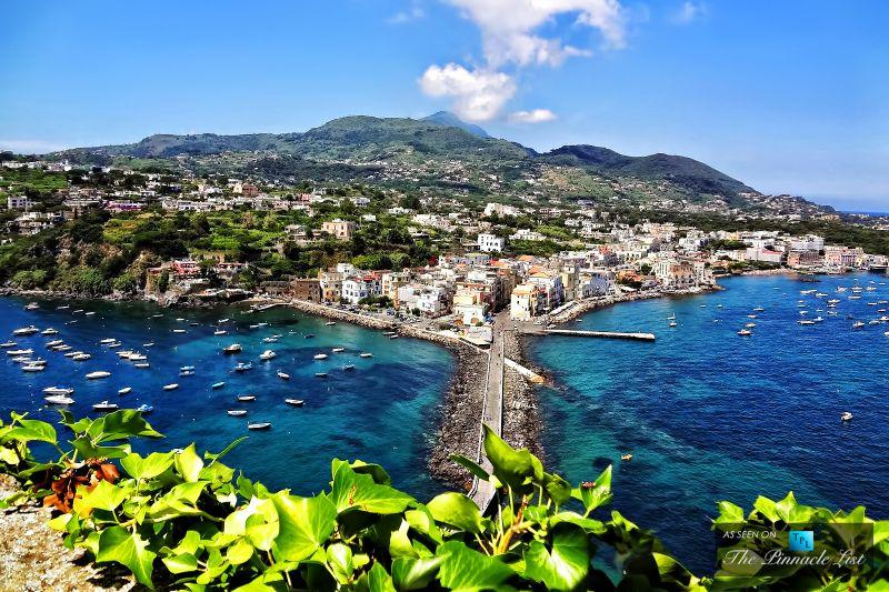 Amalfi Coast Yacht Charter Destination