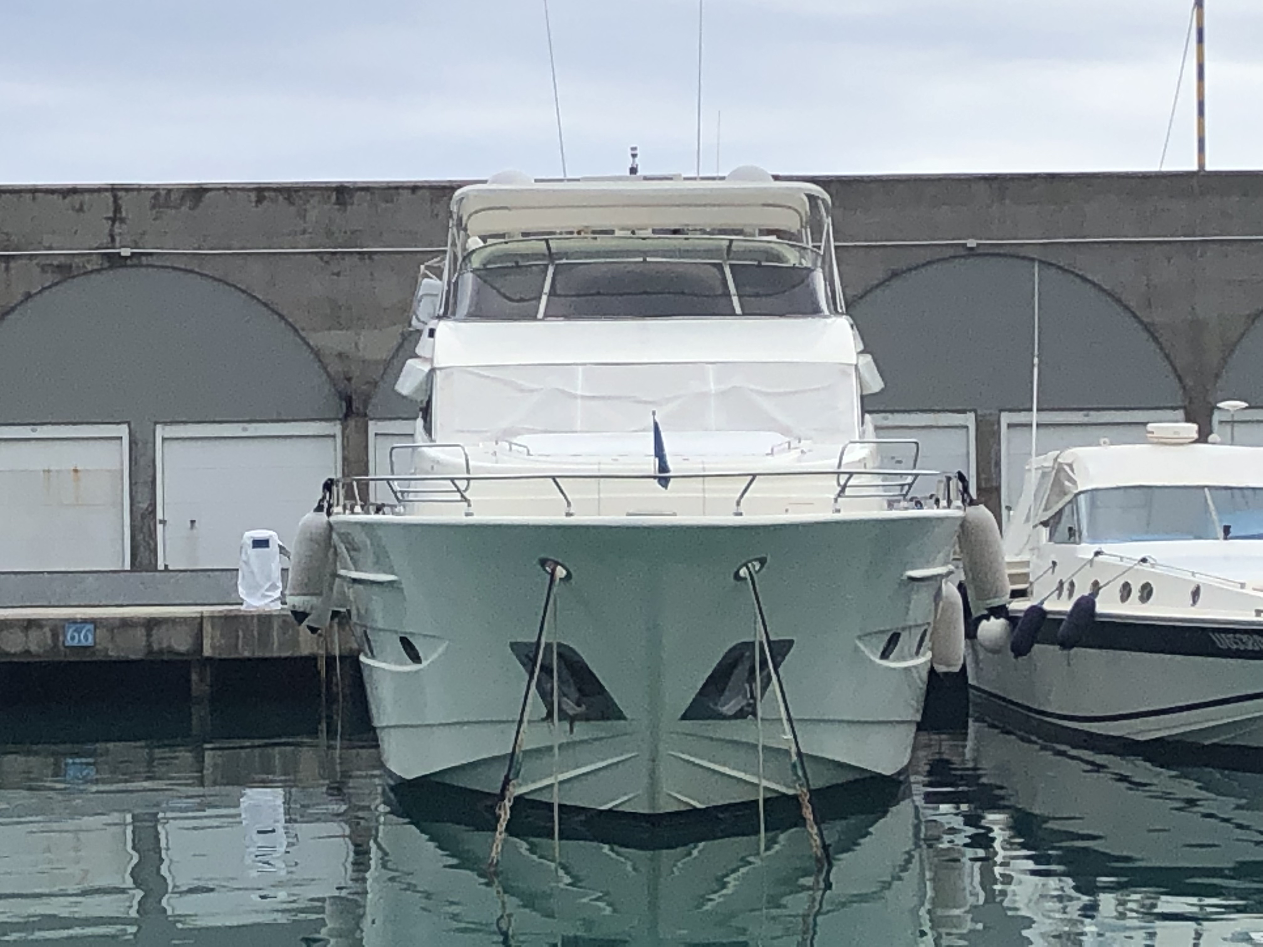 Astondoa 82 GLX (2004)