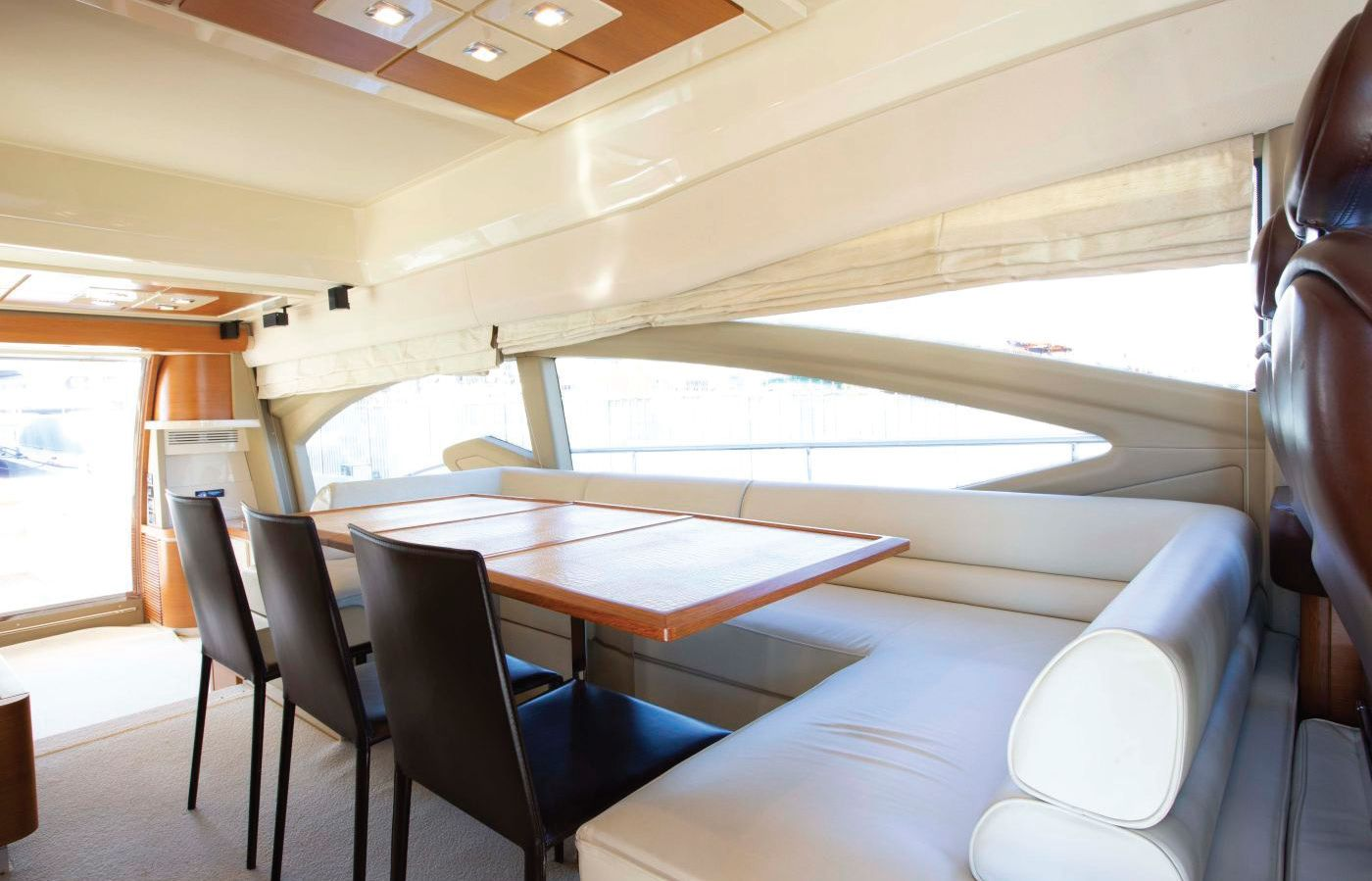 Azimut 70 Flybridge (2013)