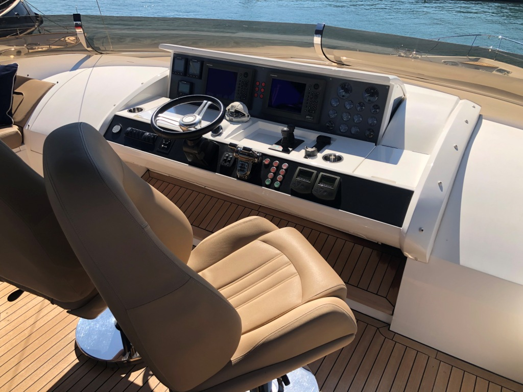 Princess 95 Motor Yacht (2010)