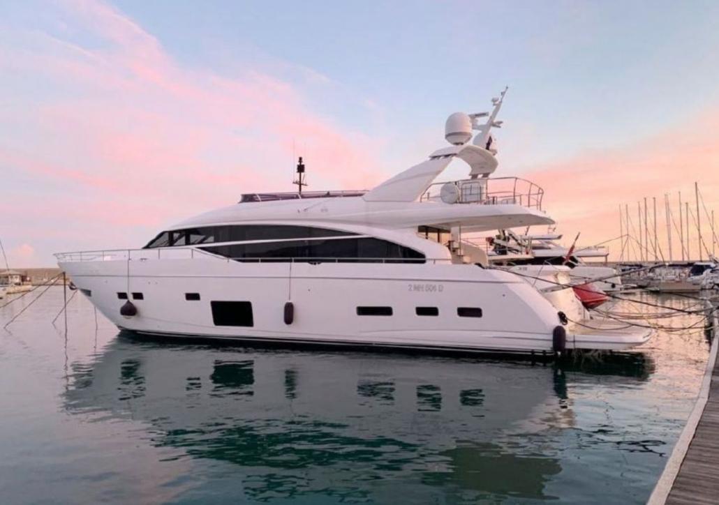 Princess 88 Motor Yacht (2019)