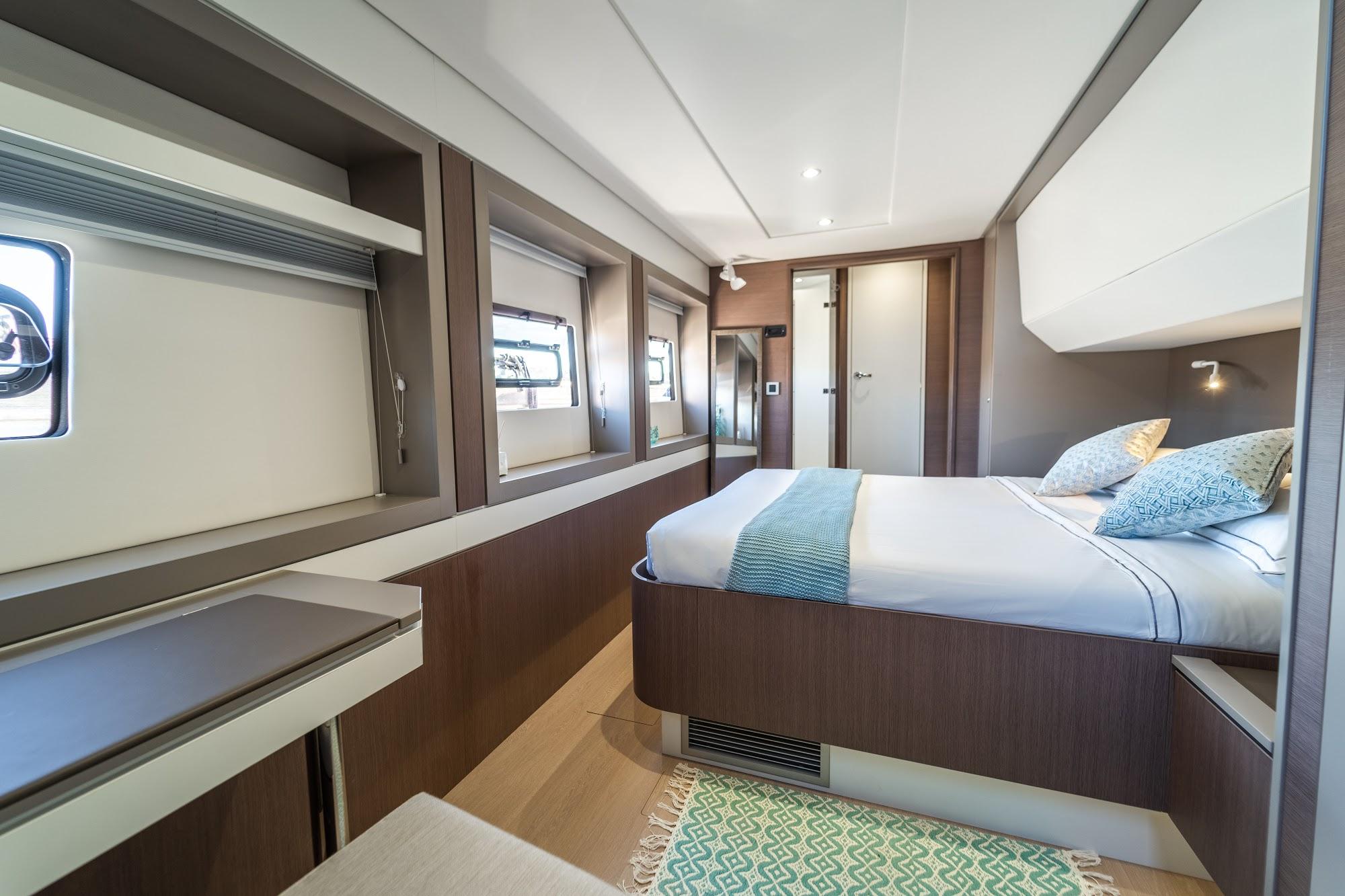 Bali 5.4 Catamaran à Voile de Location (2021)