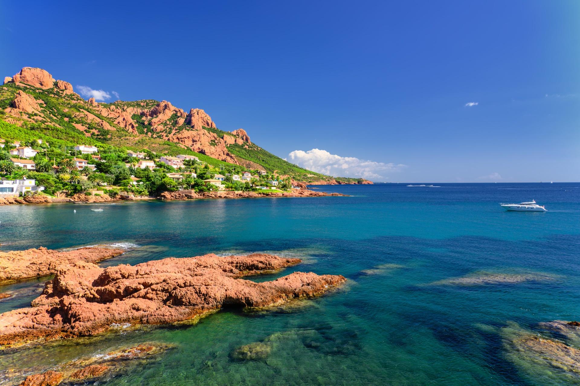 Location de Yachts à Cannes – Bateaux à Louer
