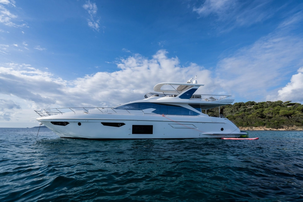 Azimut 72 Flybridge for Charter (2018)