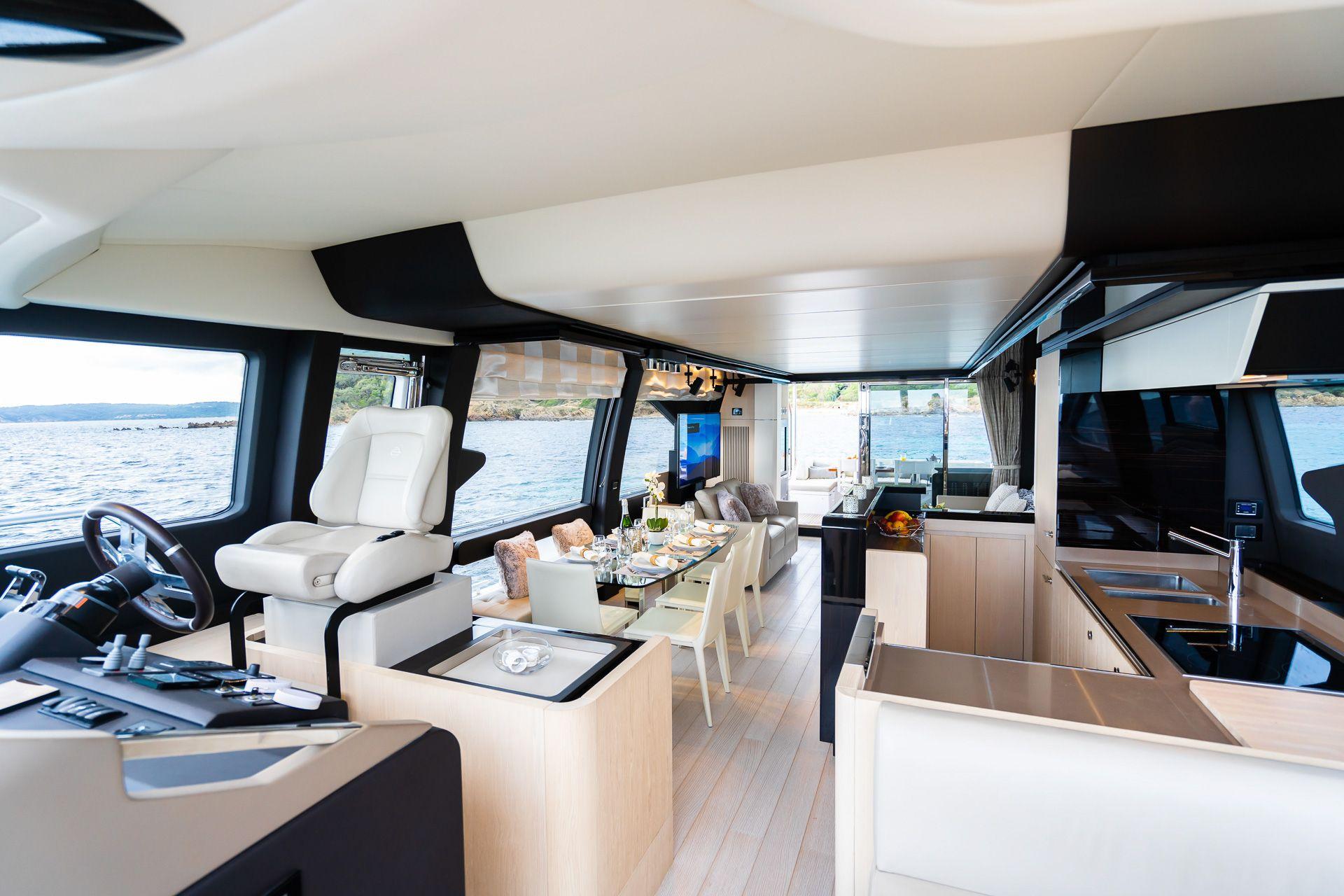 Azimut 72 Flybridge pour Location (2018)